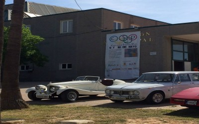 Exposición de coches antiguos