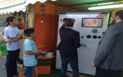 Éxito de la máquina de reciclaje de ECOMOSTER